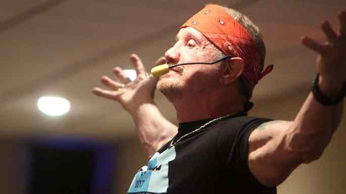 DDP arms out to a T